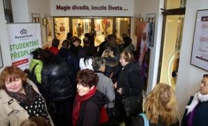 Olomouc DENÍK Kabelkový veletrh Moravské divadlo