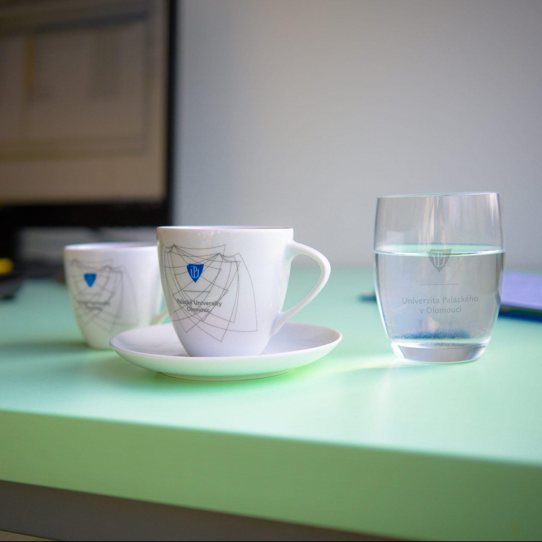 Skleničky ašálky na kávu české výroby